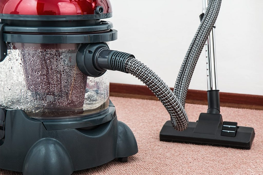vacuum-cleaner-657719_1280 - Copy